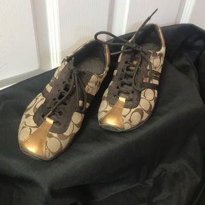 Like New COACH Shoes; 6M